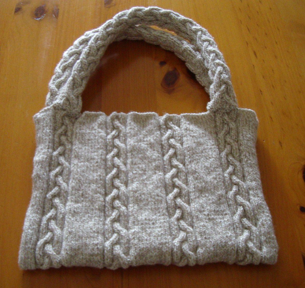 Laptop Bag Knitting Pattern : Knitting Patterns Online - Knitting Patterns for Bags and Laptop Sleeves